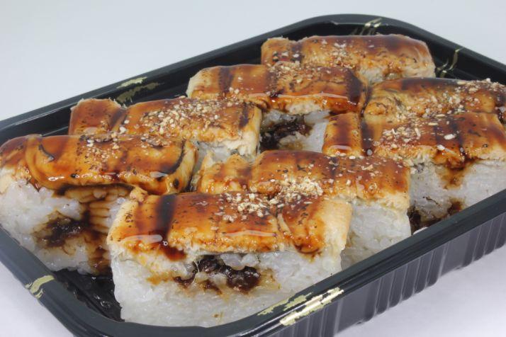穴子の押し寿司一本